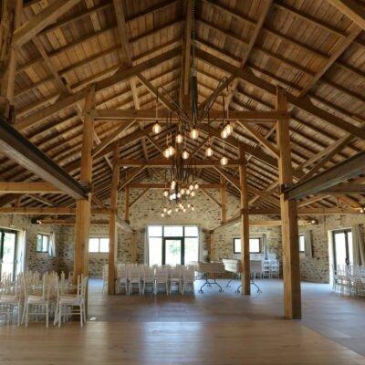 salle, reception, mariage, cérémonie, bâtisses, pierres, authentique, moderne, originale